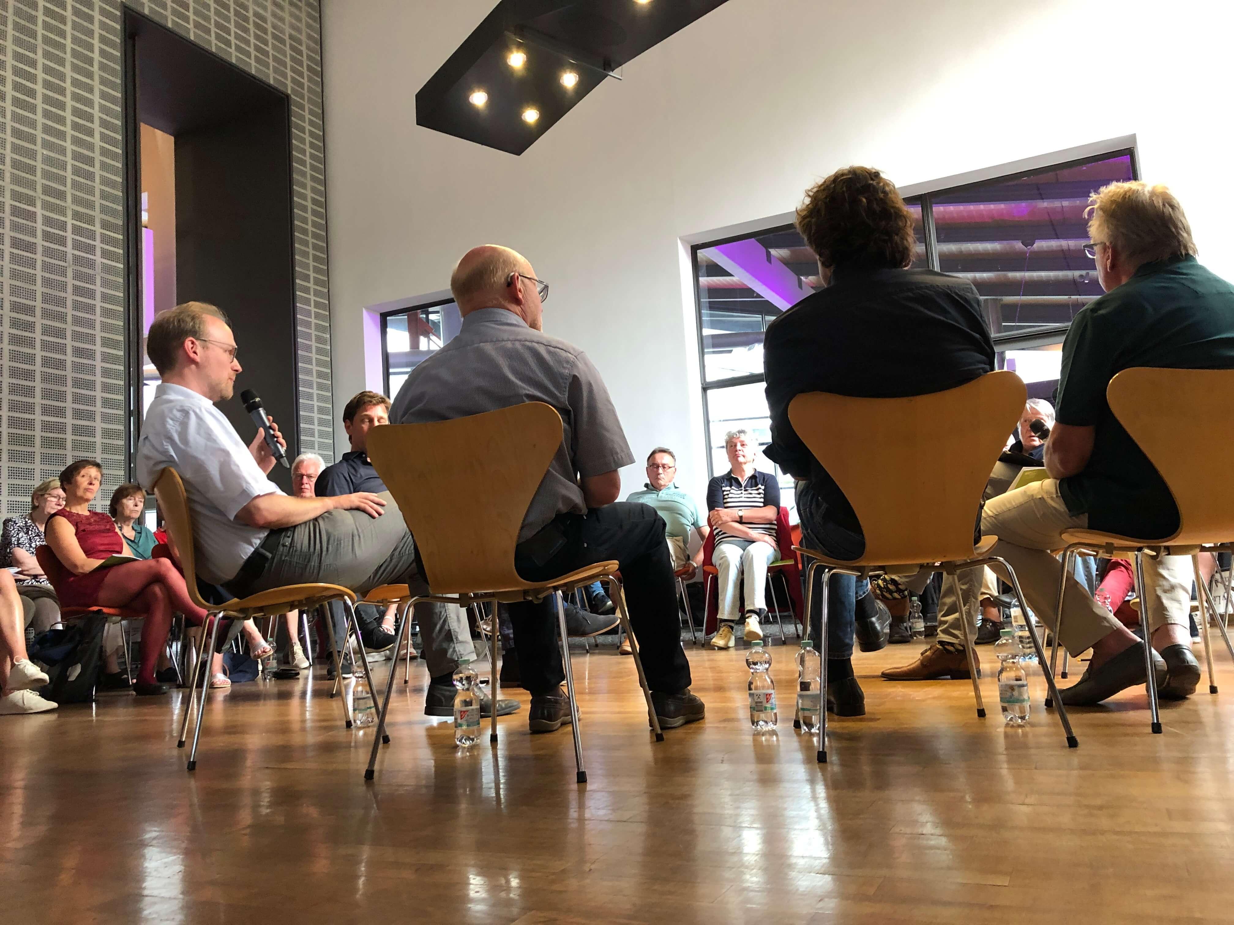 Diskussion mit Ratsmitgliedern der münsteraner Parteien